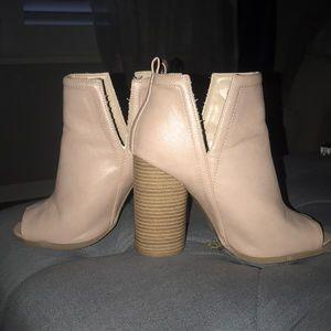 Ankle bootie Open toe heel